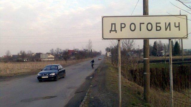 У ДТП біля Дрогобича водій на смерть збив 30-річну жінку