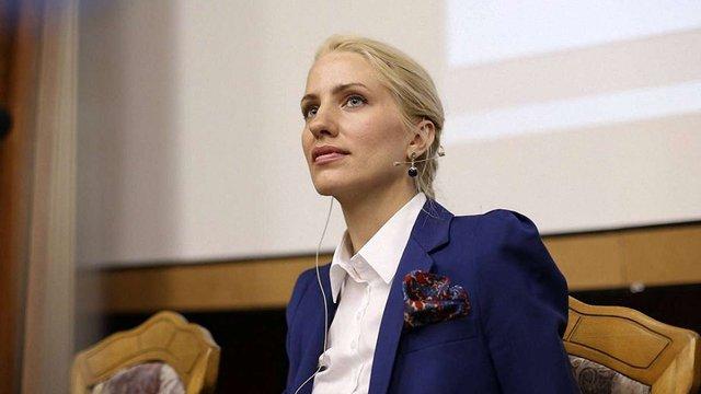 Нардепка Світлана Заліщук заявила про зникнення грошей після обшуку в квартирі її брата