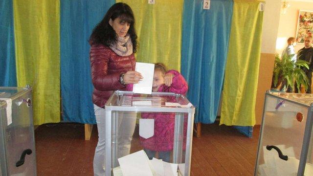На Львівщині одна з територіальних комісій розпочала роботу о 18:00