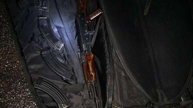 На Дніпропетровщині поліція затримала 24 особи, які зі зброєю напали на виборчу комісію