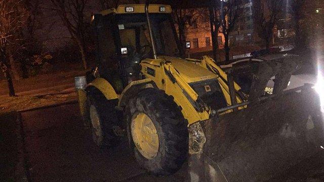 Вночі у Львові затримали нетверезого тракториста, який порушував ПДР