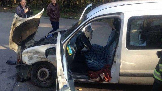 У Трускавці внаслідок ДТП водія затисло в автомобілі