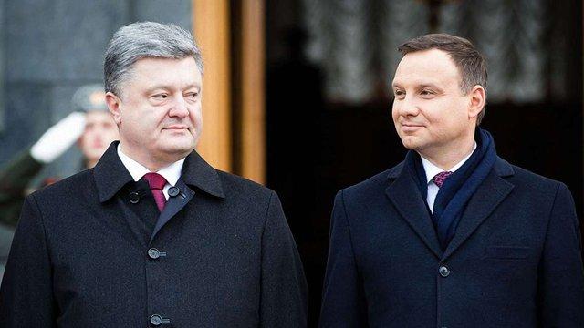 Через погіршення взаємин з Польщею Петро Порошенко скликає засідання комітету президентів