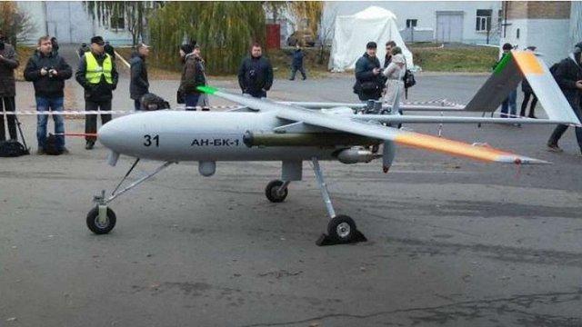 Під Києвом випробували обладнаний ракетами військовий безпілотник «Горлиця»