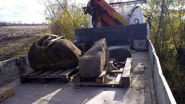 На Дніпропетровщині знайшли рідкісні кам'яні стели енеоліту і скіфської доби
