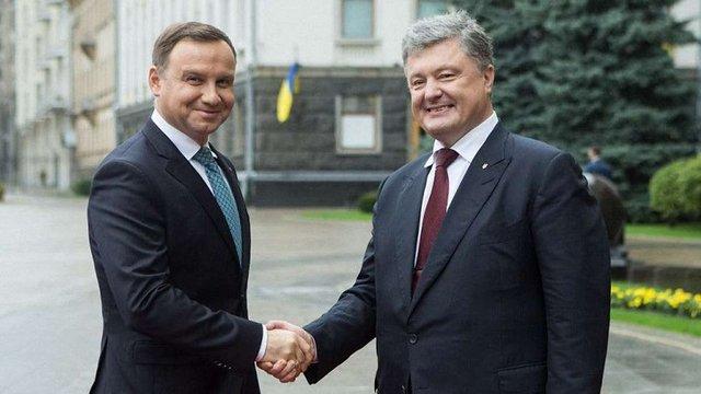 Польща прийняла пропозицію Петра Порошенка про скликання засідання комітету президентів