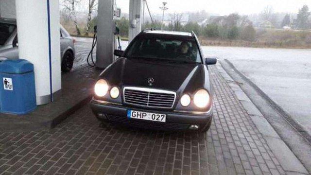 Суд оштрафував власника авто на литовських номерах на ₴3,4 млн