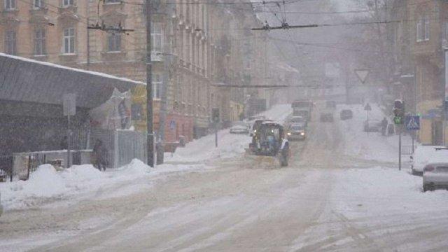 Усі комунальні служби Львова перейшли на зимовий режим роботи