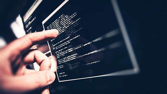 Хакери викрали з банку «Кредит Дніпро» майже $1 млн