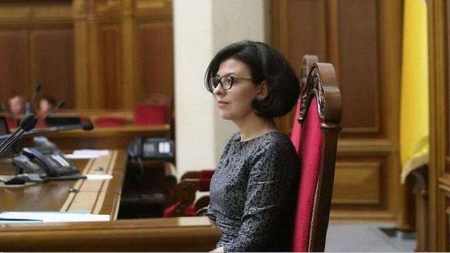 Віце-спікерка ВРУ змусила депутата під час виступу перейти з російської мови на українську
