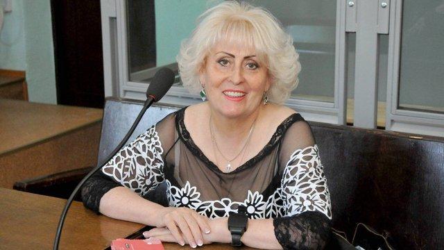 У Харкові суд продовжив домашній арешт екс-мерові Слов'янська Нелі Штепі