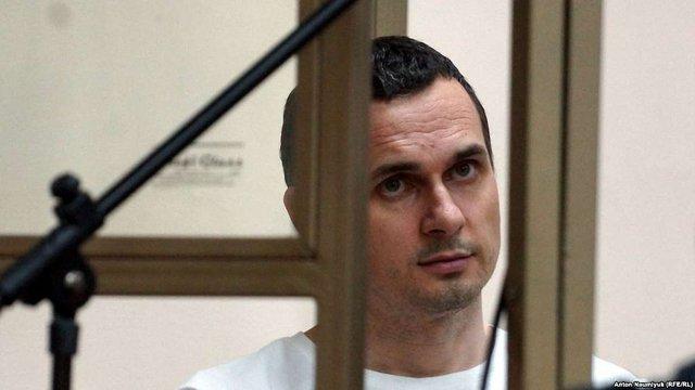 Адвокат повідомив про погіршення здоров'я і проблеми з серцем в Олега Сенцова