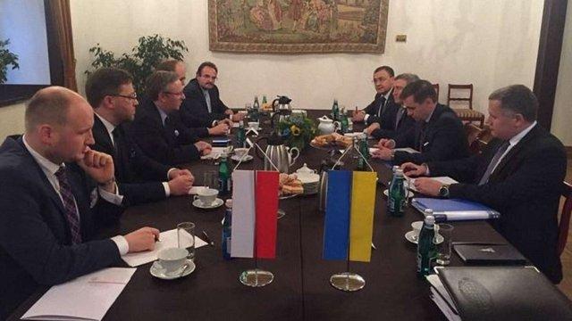 Україна та Польща погодились з необхідністю зняти мораторій на проведення ексгумаційних робіт