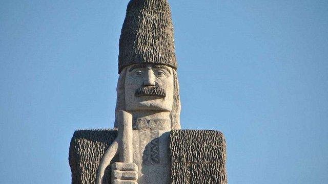 16-метрова статуя чабана з Одещини потрапила до Книги рекордів Гіннеса