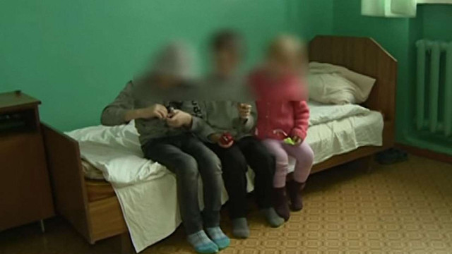 У Бердичеві матір на два дні залишила без нагляду трьох дітей