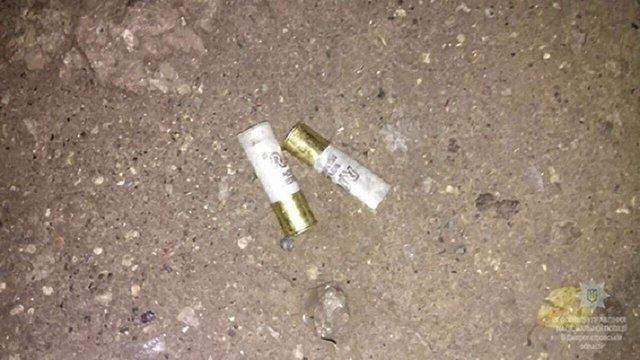 Внаслідок стрілянини біля супермаркету в Дніпрі постраждали четверо людей