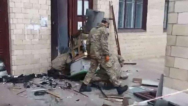 На Харківщині невідомі пограбували банкомат, підірвавши його саморобною бомбою