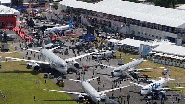 Організатори авіасалону у Фарнборо заборонили Росії виставляти військову техніку