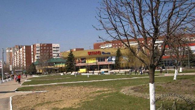 Центральну площу на Сихові хочуть офіційно назвати на честь Олександра Довженка