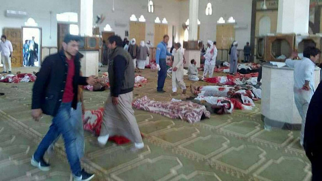 Кількість жертв атаки на мечеть в Єгипті зросла до 235 осіб