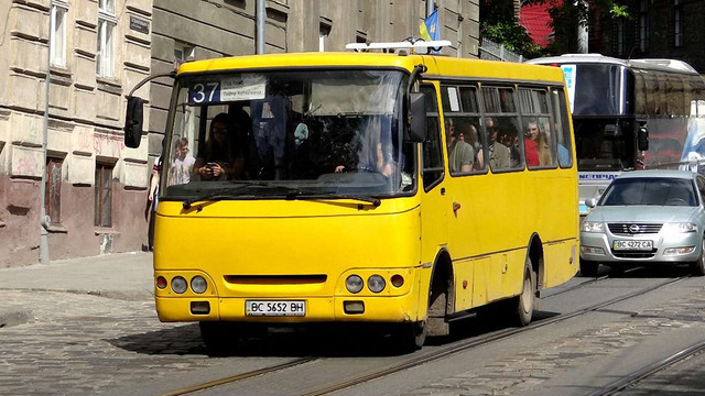 Вартість проїзду у львівських маршрутках зросте до 5 гривень