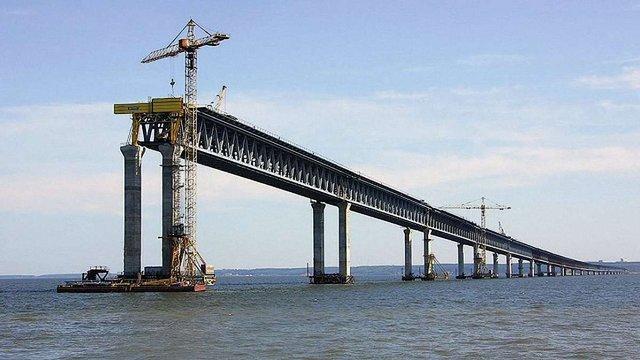 Міністр інфраструктури озвучив втрати України через будівництво Керченського мосту