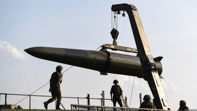 Росія готується на постійній основі розмістити тактичні ракети під Калінінградом