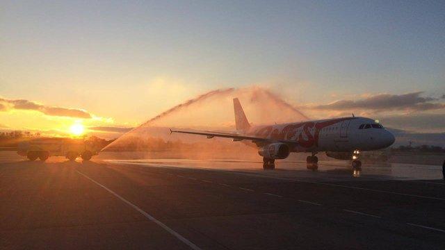 Зі Львова вилетів перший рейсовий літак Ernest Airlines до Венеції