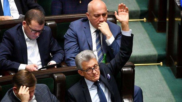 Сейм Польщі ухвалив скандальні закони про судочинство