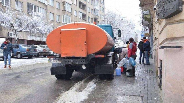 80% мешканців Личаківського району отримують воду після аварії на водогоні