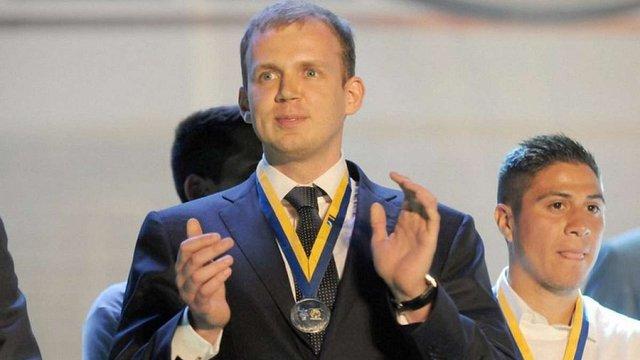 Утікач Сергій Курченко подав до суду на президента Петра Порошенка