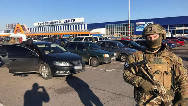 СБУ затримала осіб, що торгували системами для електронного зламування авто у Львові