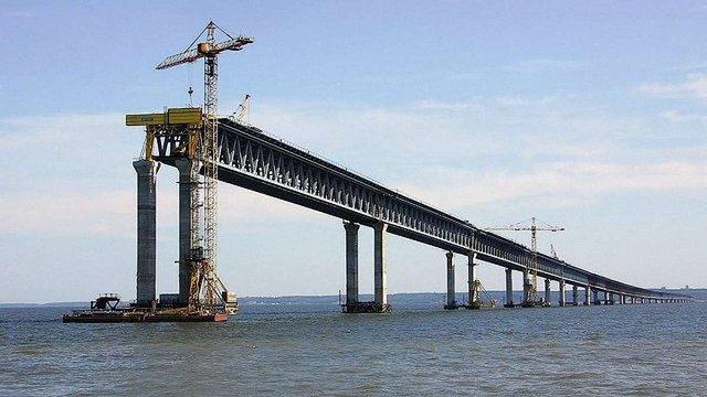 Україна почала експертизу будівництва Росією мосту через Керченську протоку