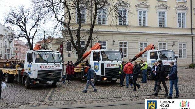 У Львові розпочнуться рейди евакуаторів проти порушників правил паркування