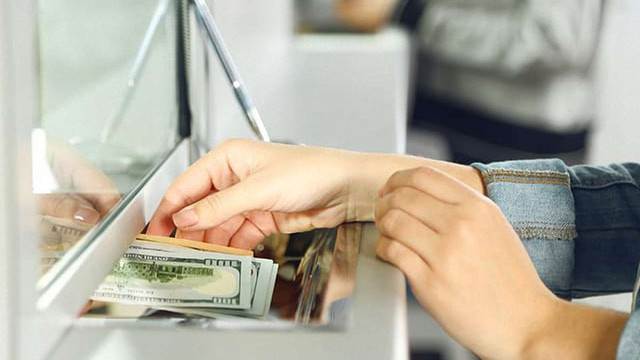 НБУ посилив умови для переказу валюти за кордон