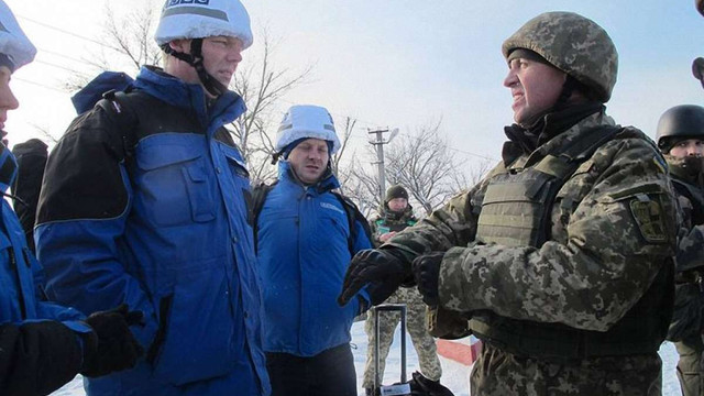 Росія повідомила про відкликання своїх офіцерів з СЦКК на Донбасі
