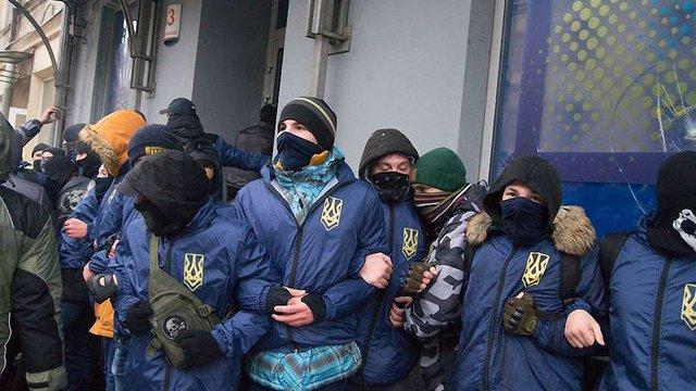У Львові праворадикали влаштували погроми у трьох гральних закладах