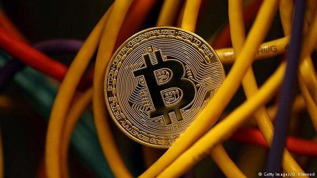 Вартість Bitcoin перевищила $20 тис.