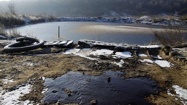 На Грибовицькому сміттєзвалищі виявили забруднення ґрунту після спроби викачування гудронів