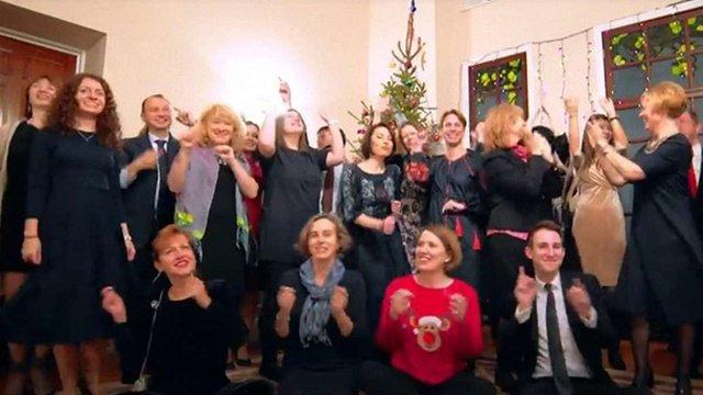 Британські дипломати привітали українців з Різдвом за допомогою емодзі