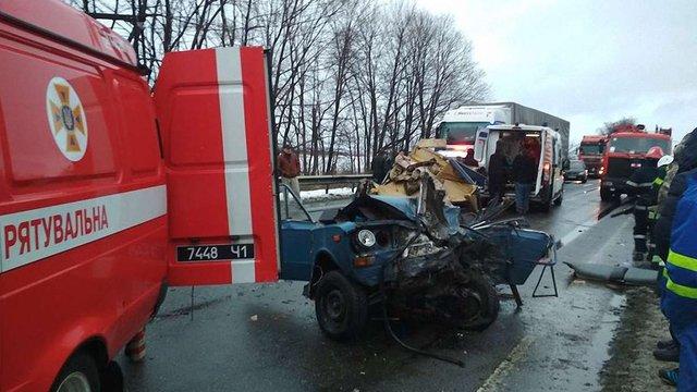 У ДТП з рейсовим автобусом на Стрийщині постраждали п'ятеро людей