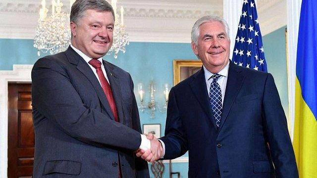 Україна отримає летальну зброю від США,  – Порошенко