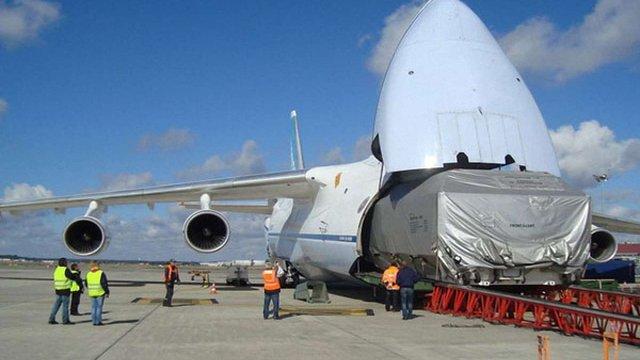 Літаки Ан-124 «Руслан» транспортуватимуть європейські супутники для французької компанії