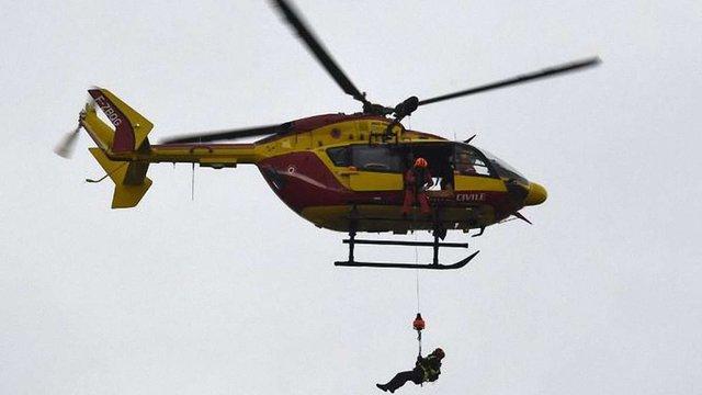У французьких Альпах зі зламаного підйомника евакуювали 150 лижників