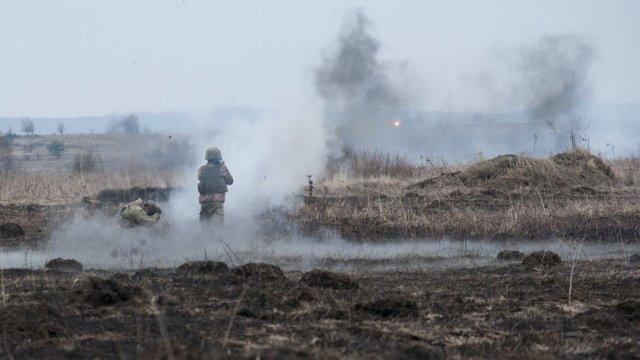 Бойовики увечері понеділка припинили дотримуватися режиму тиші