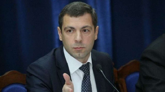 Суд наклав арешт на незадекларований $1 млн готівки екс-заступника адміністрації Януковича