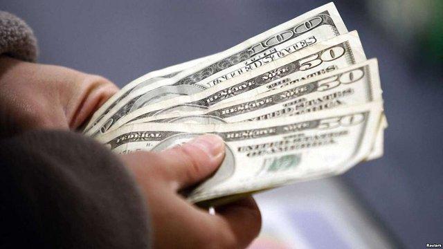США витіснили Росію за обсягом грошових переказів в Україну