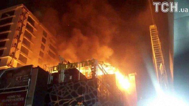 В Індії в пожежі на вечірці з нагоди дня народження загинули 12 людей