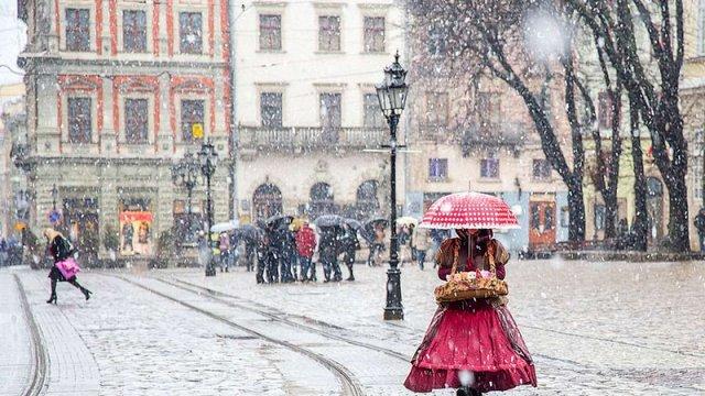У Львові на Новий рік прогнозують мокрий сніг та дощ