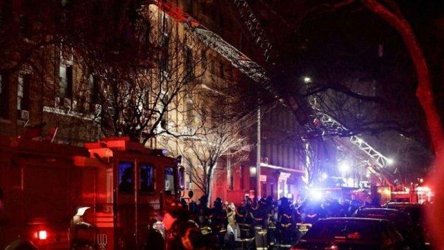 Пожежу в Нью-Йорку, внаслідок якої загинули 12 людей, спричинила трирічна дитина